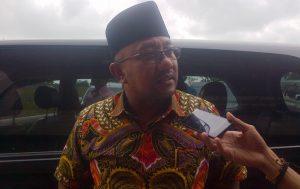 Wali Kota Tanjungpinang H. Lis Darmansyah SH Saat Dikonfirmasi Terkait Penghapusan BBM Premium. Foto NOVENDRA