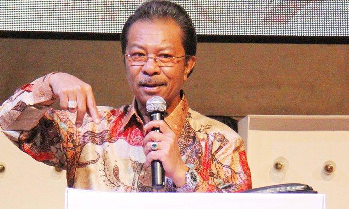 Ketua DPRD Kepri, Jumaga Nadeak Saat Menyampaikan Sambutannya
