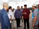 Wagub Kepri, Isdianto Saat Berkunjung ke Bandara Letung