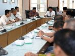 Wagub Kepri, Isdianto Saat Rapat Koordinasi Dengan Bupati dan Wakil Bupati Anambas