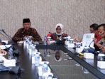 Wali Kota Tanjungpinang, H. Syahrul S.Pd Saat Rapat Bersama Forum Komunikasi Pimpinan Daerah