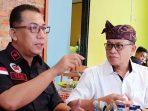 Bupati Lingga, Alias Wello Saat Berbincang Dengan Pembina Utama Hi - Melaya Brigjen Pol Yan Fitri Halimansyah
