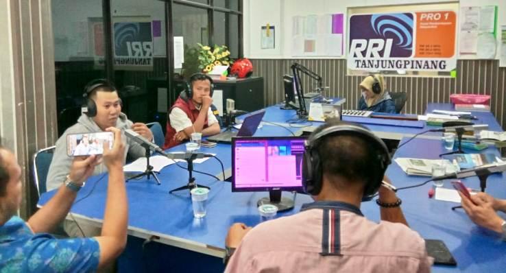 Ketua AJI Kota Tanjungpinang, Jailani Saat Menghadiri Undangan Dialog RRI
