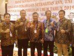 Ketua Bawaslu Kota Tanjungpinang Muhamad Zaini Bersama Sekda Kepri, Arif Fadilah, Komisioner Bawaslu Kepri Idris Saat Menghadiri Rakornas