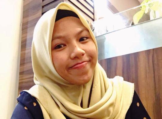 Moni Septiani Mahasiswi STISIPOL Raja Haji Tanjungpinang