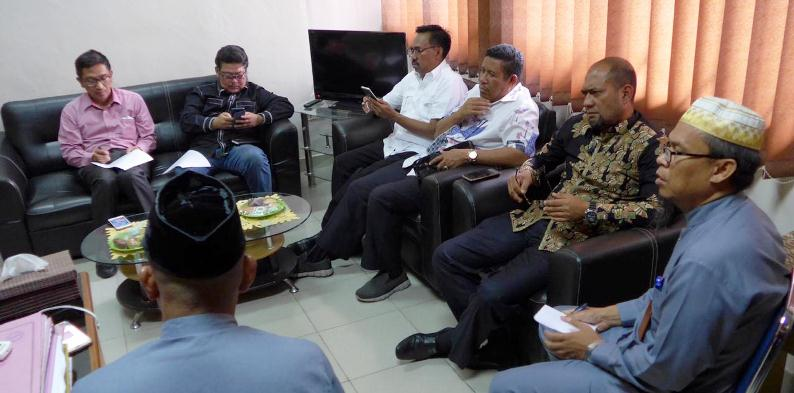 Rombongan Komisi I DPRD Kepri Saat di Kantor Disdukcapil Kota Batam