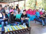 CK Fong Presiden Direktur Treasure Bay saat di Rumah Bahagia Lansia di Kelurahan Kawal, Bintan.