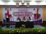 Plt Kadis Kominfo dan Informatika Kota Tanjungpinang, Soemantri saat mendampingi Wali Kota Tanjungpinang, Syahrul S.Pd dan Narasumber Workshop aplikasi siMaya