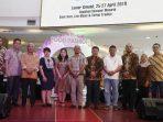 Rombongan Komisi I DPRD Kepri Foto Bersama di Lokasi Pameran Kemilau Kepri