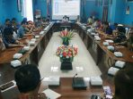 Suasana Pertemuan Antara Tim Kedubes Jepang di Ruang Rapat Kantor Bupati Natuna