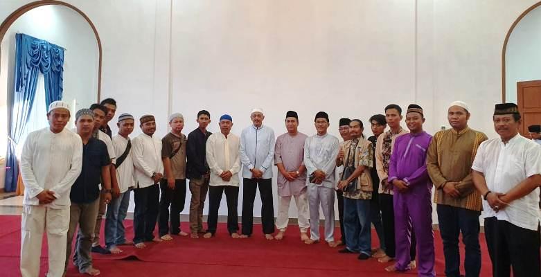 Abdul Hamid Rizal Foto Bersama Dengan Para Awak Media