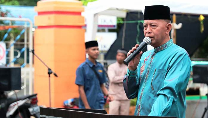 Walikota Tanjungpinang, Syahrul Saat Menyampaikan Katra Sambutannya Diacara Pembukaan Bazar Ramadan Karang Taruna Kelurahan Tanjungpinang Kota