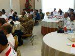 Para Peserta Saat Mendengarkan Pemaparan Pada Rapat Evaluasi dan Optimalisasi Program Tol Laut dan Jembatan Udara