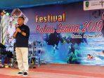 Sekda Natuna, Wan Siswandi Saat Menyampaikan Kata Sambutan Diacara Festival Pulau Senua 2019