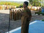 Sekretaris Daerah (Sekda) Kabupaten Natuna, Wan Siswandi Saat Memimpin Apel