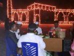 Suasana Menyambut Malam Lailatulqadar di Desa Pekaka. Foto Bustami