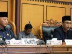 Walikota Tanjungpinang, Syahrul Bersama Wakil Ketua II DPRD Kota Tanjungpinang, Ahmad Dani Saat Paripurna LKPj Walikota Tanjungpinang 2018