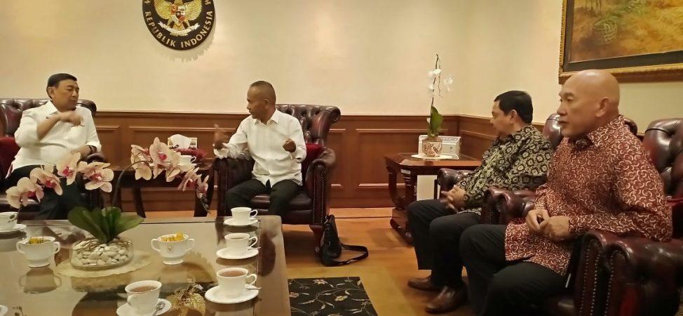 Ketua Umum PWI, Atal S Depari bersama pengurus saat audiensi bersama Menko Polhukam, Wiranto