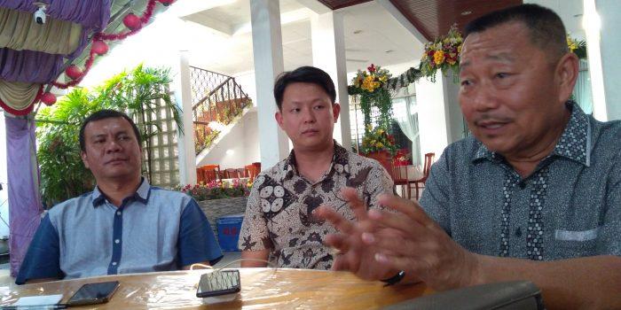 Ketua DPD Partai NasDem, Bobby Jayanto saat mengutarakan permohonan maaf kepada masyarakat lewat puluhan awak media di salah satu hotel di Tanjungpinang