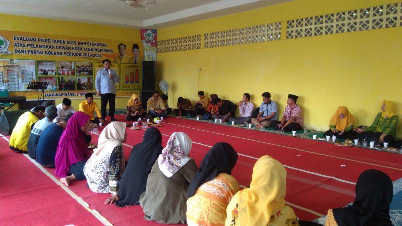 Ketua DPD Partai Golkar Tanjungpinang, Ade Angga S.IP,.MM saat memberikan kata sambutan diacara syukuran Partai Golkar