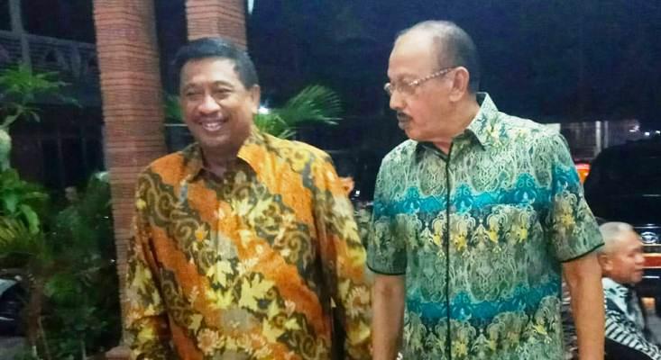Kepala Basarnas, Marsekal Madya TNI Bagus Puruhito SE,MM Saat Bersama Bupati Natuna Abdul Hamid Rizal
