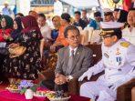 Ketua DPRD Kepri, Jumaga Nadeak Saat Berbincang Dengan Kepala Bakamla
