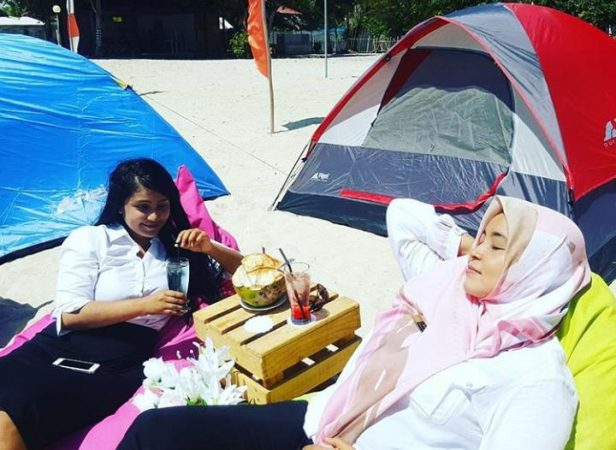 Paket Camping bagi pelajar yang ingin dimanjakan oleh New Marjoly Beach & Resort