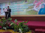 Wali Kota Tanjungpinang H Syahrul S.Pd saat membuka kegiatan Pembukaan Kegiatan Pembinaan Pengurangan dan Pemanfaatan Limbah Rumah Tangga