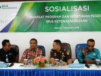 Kepala BPJS Ketenagakerjaan Natuna, Sunardi didampingi Izwar Aspawi, Bimo P Nugroho dan Firdaus saat sosialisasi