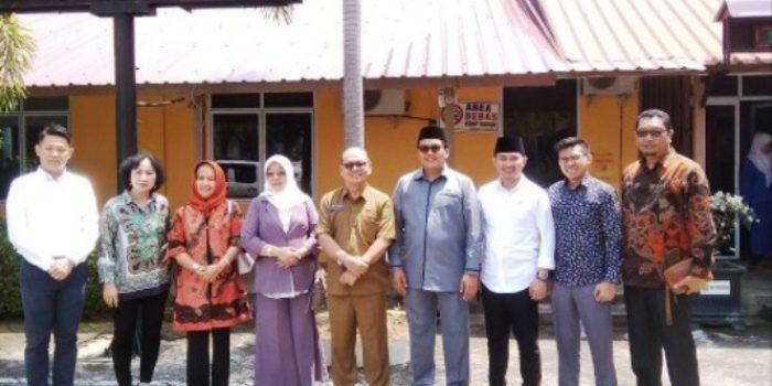 Anggota Komisi I DPRD Tanjungpinang, Foto Bersama Usai Mengunjungi Kantor Disdik