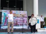 Ketua PKK Natuna, Nurhayati Hamid Rizal didampingi oleh Sekda Natuna Wan Siswandi saat menyampaikan kata sambutan