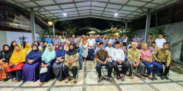 Anggota DPD RI, H. Dharma Setiawan Foto Bersama Usai Silaturahmi