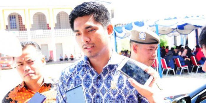 Ketua DPRD Natuna, Andes Putra Saat Menghadiri Acara Rembuk Bersama Pemekaran Natuna Jadi Provinsi