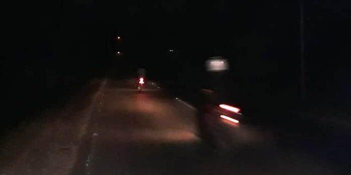 Suasana Jalan Hasanudin Ketika Lampu Jalan Mati Dimalam Hari. Foto Rosjihad Halid