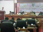 Ketua Aliansi Nelayan Natuna (ANNA), Hendry saat membacakan tuntutan penolakan kapal cantrang