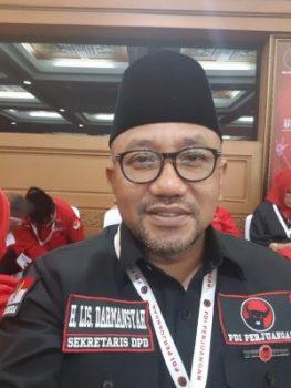 Anggota DPRD Provinsi Kepri Fraksi PDI Perjuangan Lis Darmansyah SH