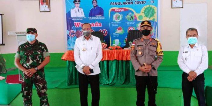 Foto bersama usai penyerahan bantuan untuk mencegah Virus Covid-19