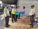 Personil Satlantas Polres Bintan dalam kegiatan Jum'at Berkah