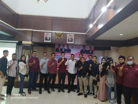 Pengda ESI Kabupaten Bintan saat photo bersama usai menerima mandat dari Pengprov Kepri