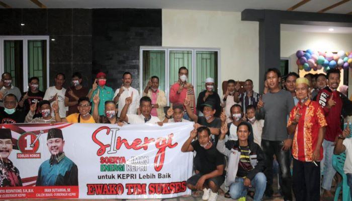 Calon Gubernur Kepri Nomor Urut 1, Soerya Respationo Foto Bersama Usai Silaturahmi Dengan KKSS