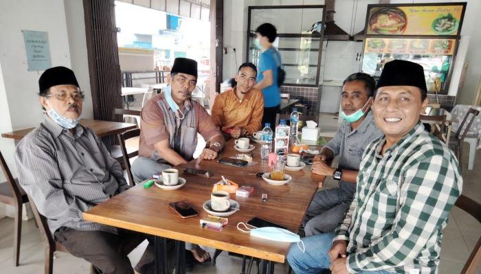 Ketua PWNU Kepri Gani Lasa beserta jajaran pengurus harian mengklarifikasi atas berita yang beredar