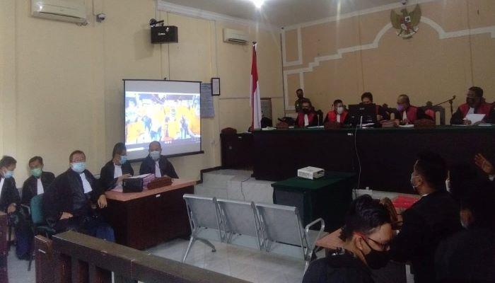 Suasana Sidang 12 Tersangka Korupsi Tambang Bauksit di PN Tanjungpinang