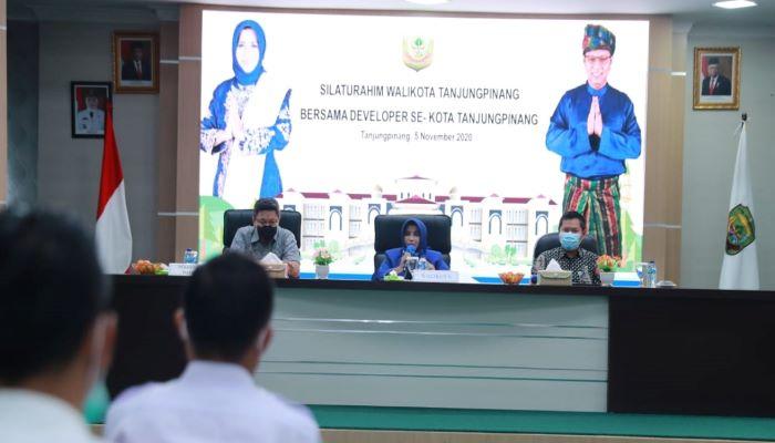 Wali Kota Tanjungpinang, Rahma Saat Acara Silaturahmi Dengan Developer