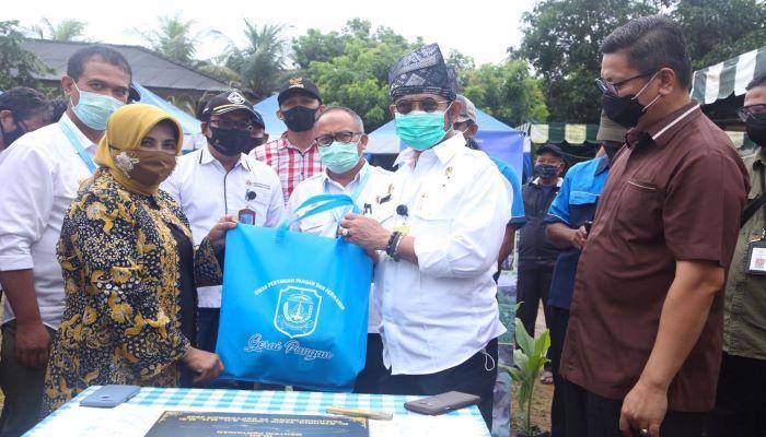 Wali Kota Tanjungpinang, Rahma Saat Bersama Menteri Pertanian