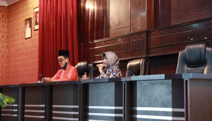 Wali Kota Tanjungpinang, Rahma Saat Mensosialisasikan Kartu Kendali Gas 3kg