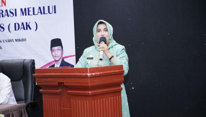 Wali Kota Tanjungpinang, Rahma Saat Menyampaikan Sambutannya Diacara Pengembangan Koperasi