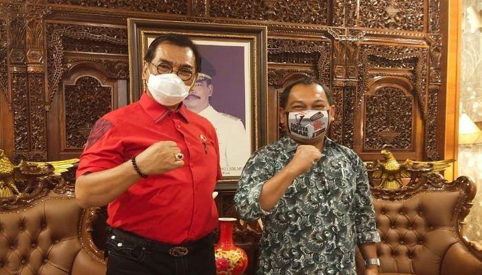 Calon Gubernur Kepri Nomor Urut 1, Soerya Respationo Foto Bersama Tim Kuasa Hukum Sinergi, Sulhan