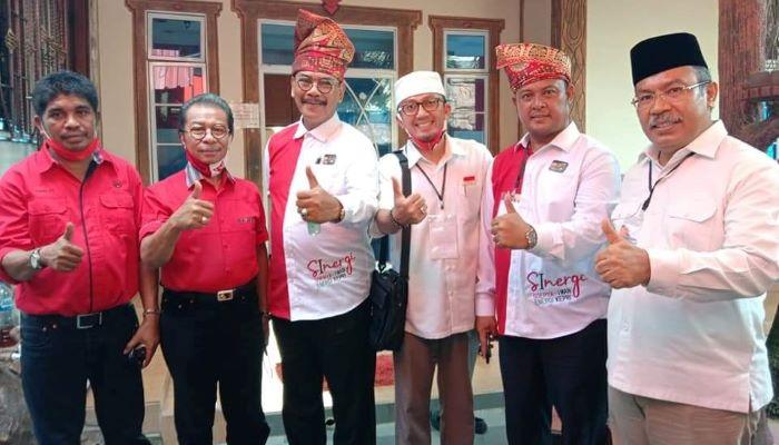 Calon Gubernur Kepri Nomor Urut 1, Soerya Respationo Foto Bersama Timses SInergi
