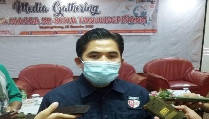 Ketua Bawaslu Tanjungpinang, Zaini