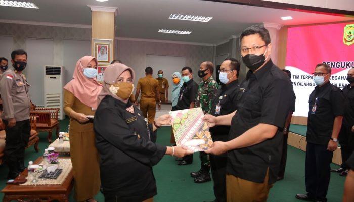 Wali Kota Tanjungpinang, Rahma Usai Mengukuhkan Tim Terpadu P4GN Kota Tanjungpinang